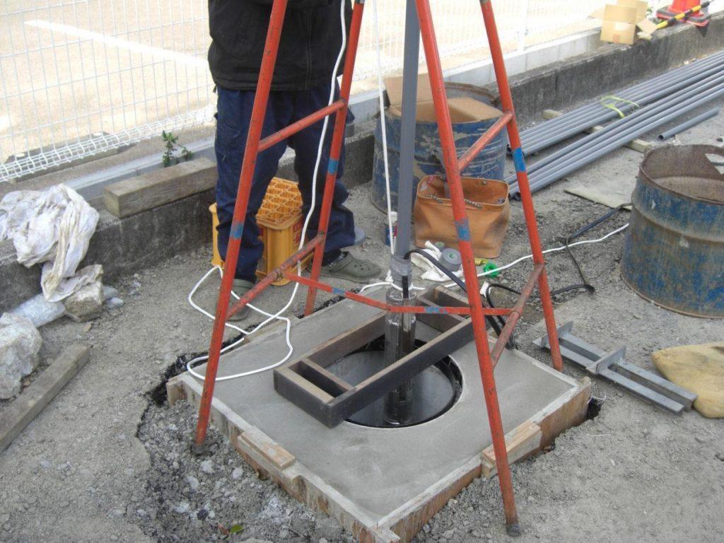 ボーリング井戸 深井戸水中ポンプ
