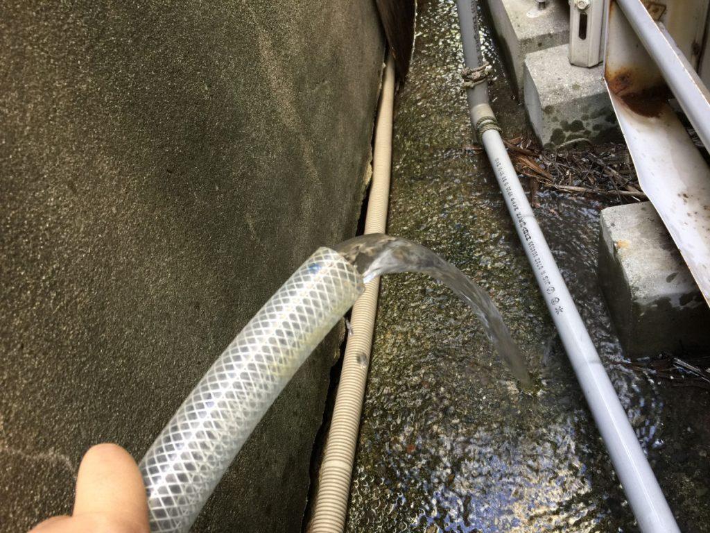 仮設ポンプにて揚水試験、水量調査