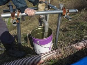 モニタリング孔 水量調査