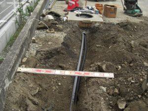 ボーリング井戸 揚水管&水中ケーブル