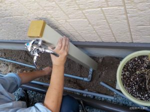 蛇口追加と小型タンク設置(松山市立花)