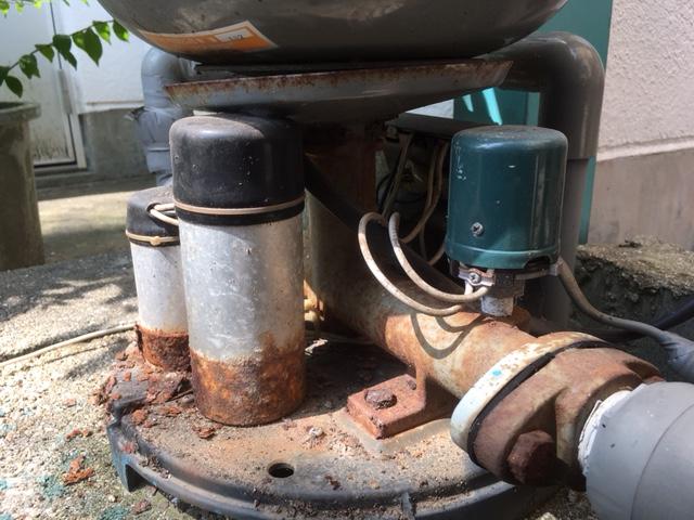 古ポンプの修理(松山市緑町)
