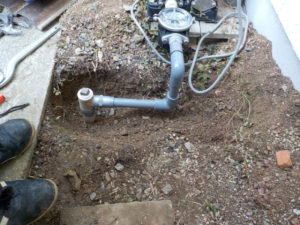 吸水側の配管と砂こし器の取替で様子見!