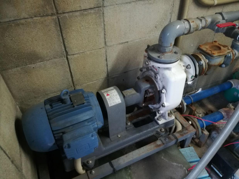 給水設備の定期メンテナンスと水質検査