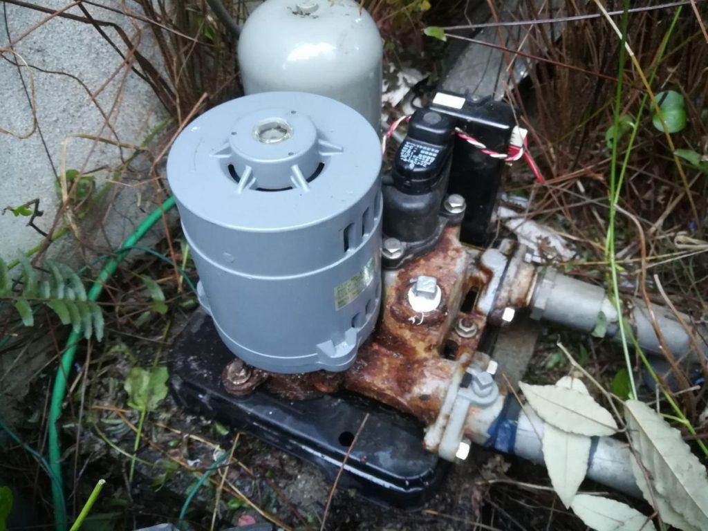 ポンプ取替は井戸の詰まりを発生させることも(松山市南町)