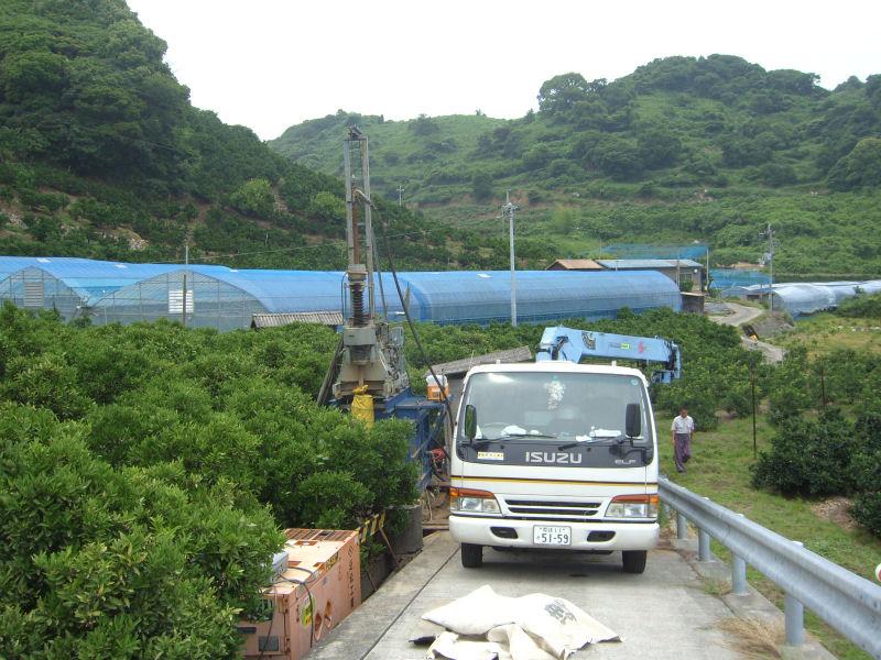 興居島のみかん農家さん。潅水用にボーリング井戸を掘削しました。