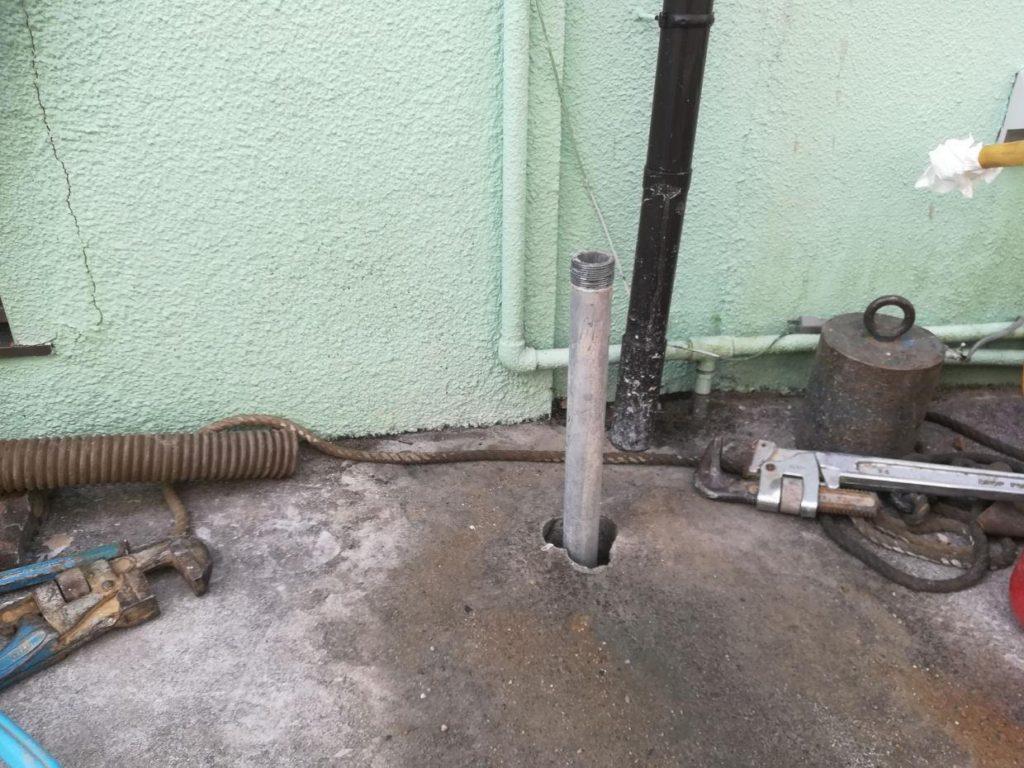 吸水不全のため新しく井戸を掘削(松山市竹原)