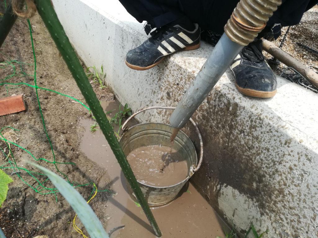 無事に地下水を発見