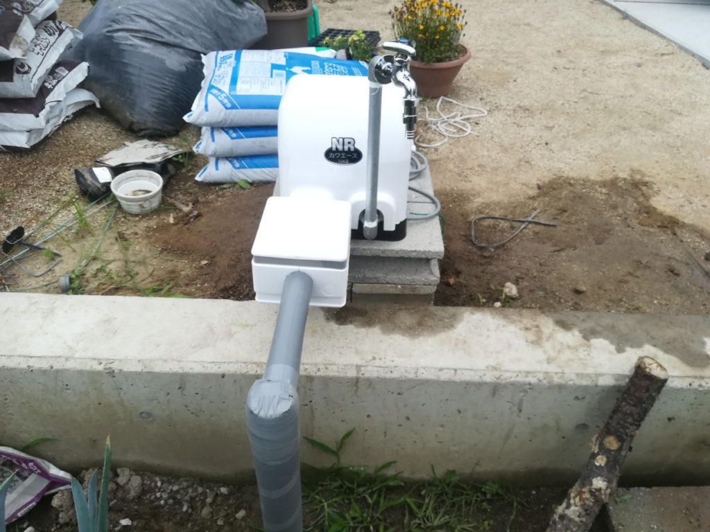 畑に打抜き井戸とポンプ設置