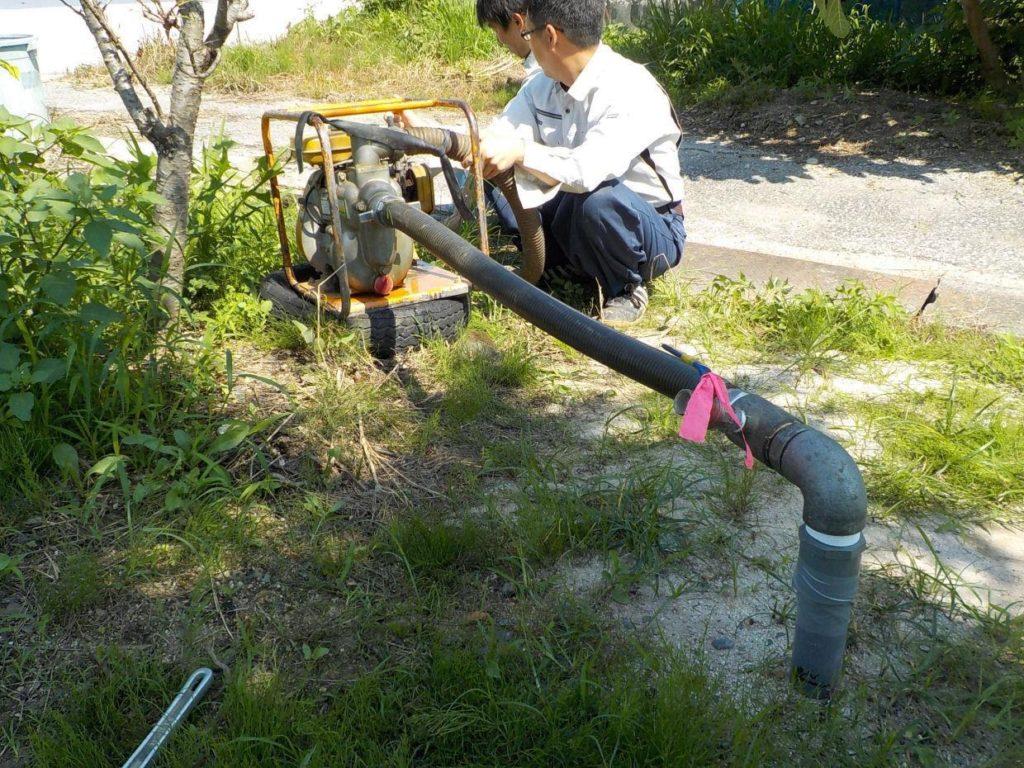 地質調査ボーリング井戸の水量調査