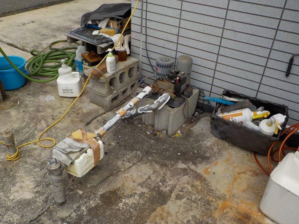 古い井戸ポンプの取替