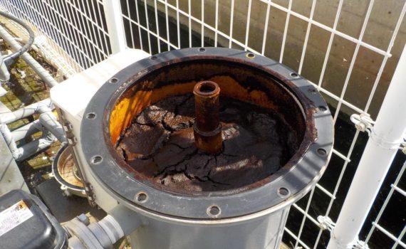 除鉄槽 濾材交換