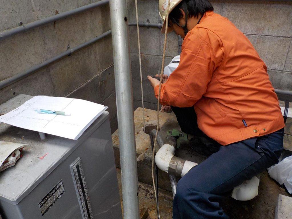 井戸の水量調査と水位降下量測定