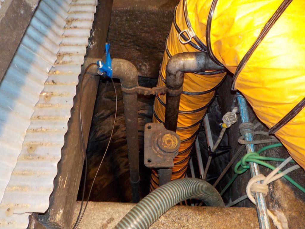 古井戸の洗浄