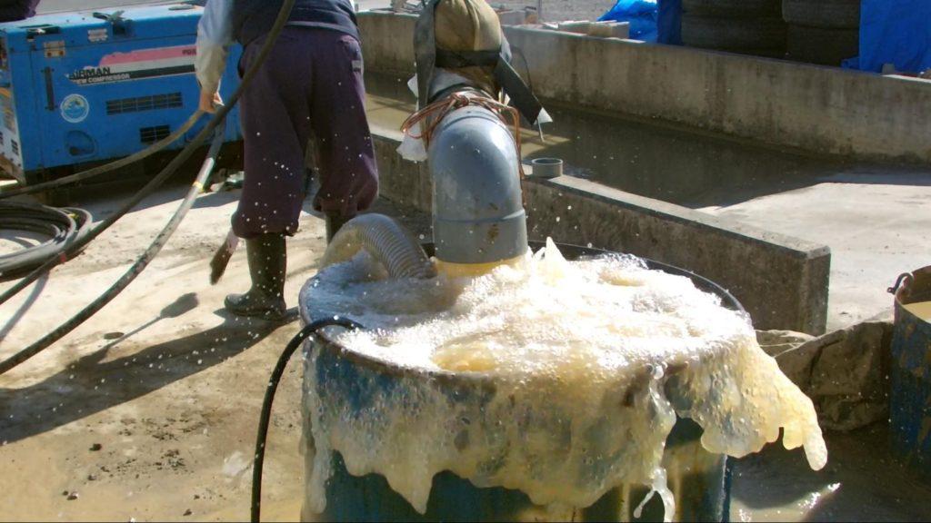 ボーリング井戸のエアーリフト洗浄