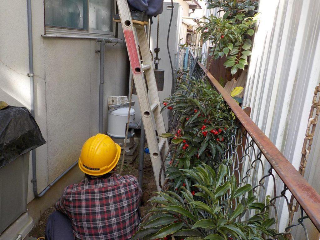 狭小スペースでの打抜き井戸工事