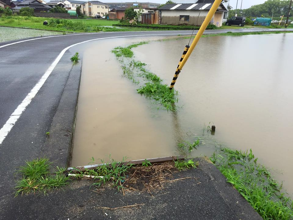 過去の豪雨で水没した田