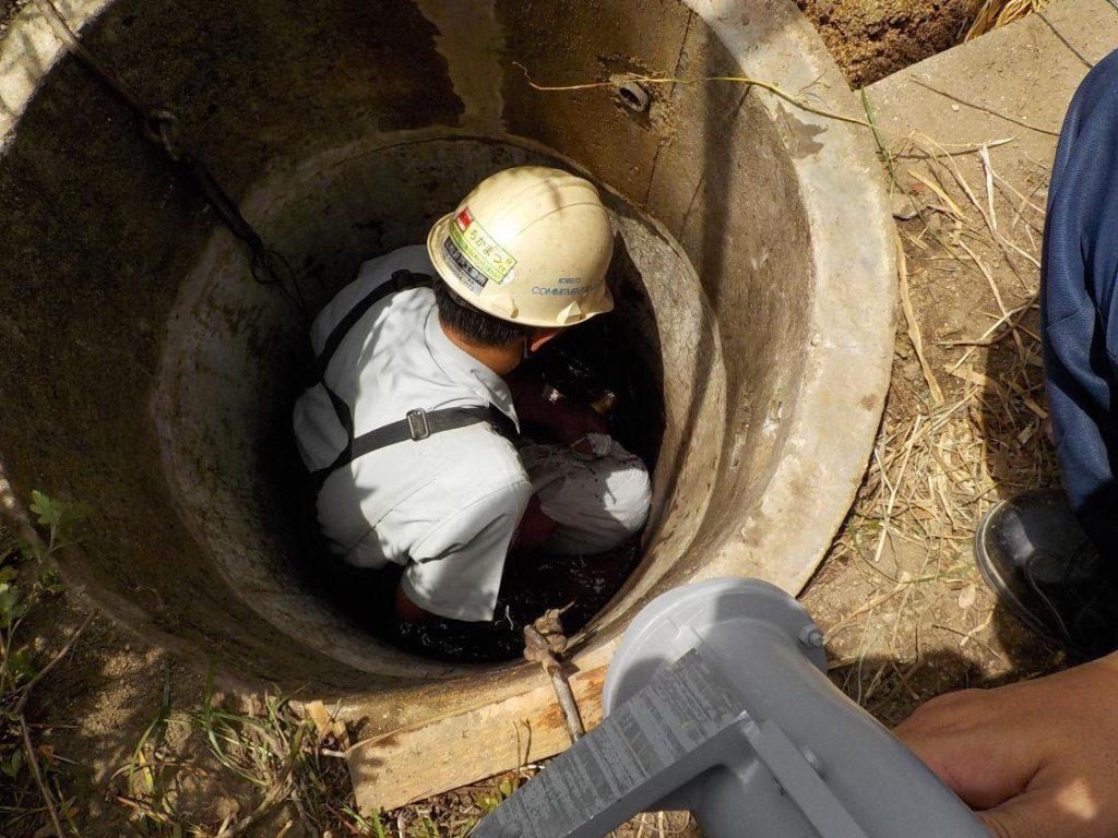 井戸中掘り