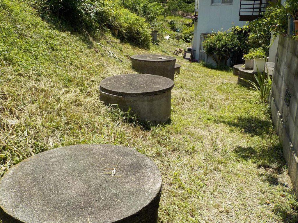 密集している井戸 井戸水が白く濁るため井戸洗浄