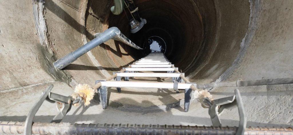 井戸水が白く濁るため井戸洗浄