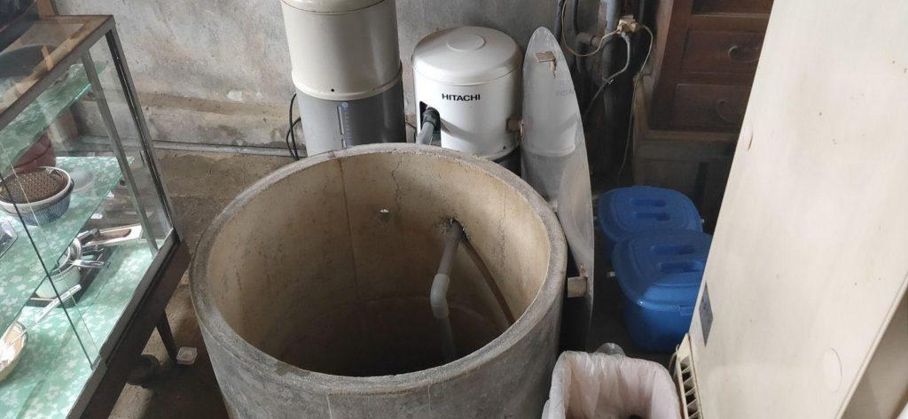 古井戸の掃除